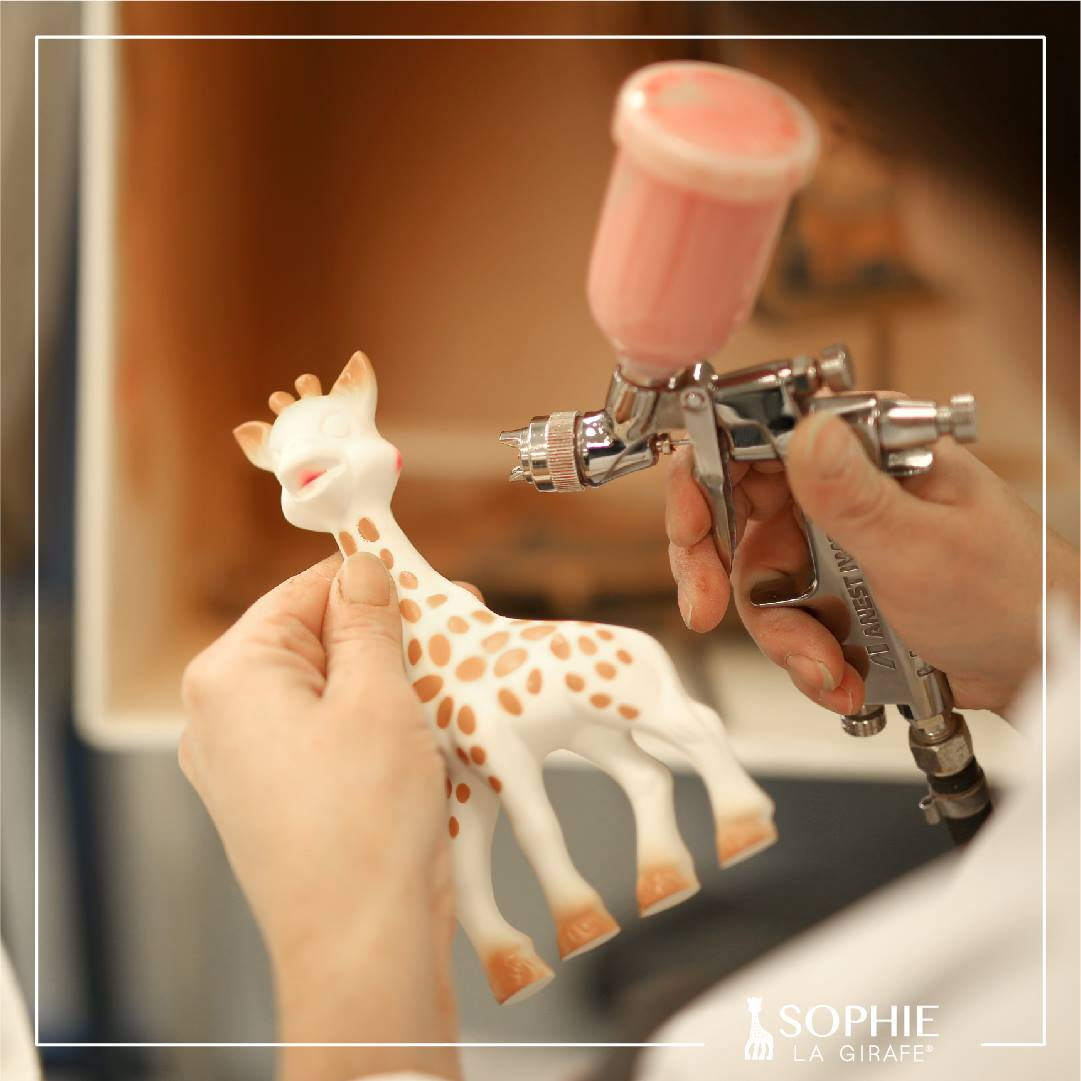 sophie-la-girafe-moisisssure